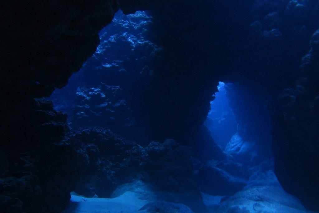 トリノクチの洞窟