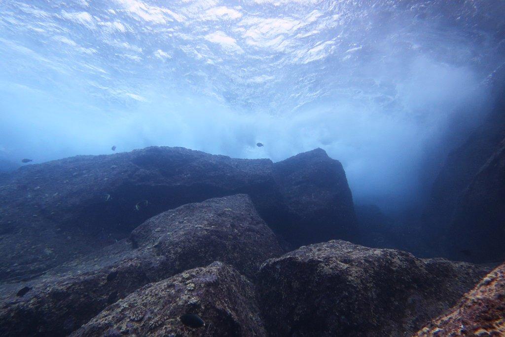 トンバラの巨岩